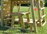 Tour pour enfants avec balançoire et table