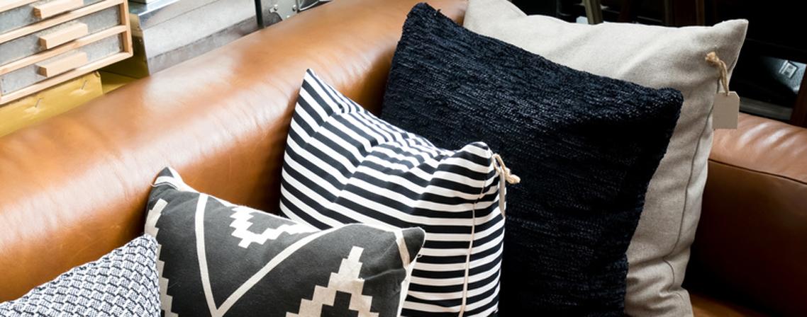 Comment Entretenir Et Nettoyer Un Salon En Cuir Les Tâches Nont - Enlever tache sur canapé cuir