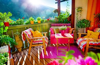 Aménager un beau balcon pour l'été, mode d'emploi
