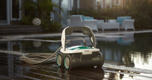 robots-piscine