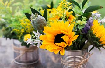 pot de fleurs en boite de conserve