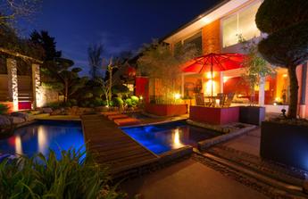 1001 lumières pour sublimer votre jardin la nuit tombée