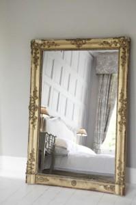 miroir reflet lit chambre feng shui - Feng Shui Chambre Miroir