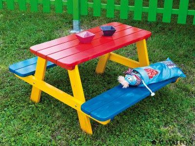 table en bois d'extérieur colorée pour enfants