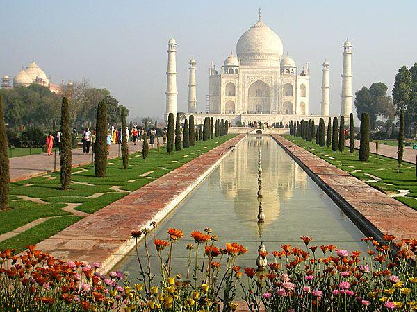 Le Taj Mahal ou Palais de la Couronne, un chef d'oeuvre architectural