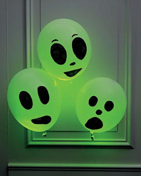 Ballons fantômes lumineux Halloween