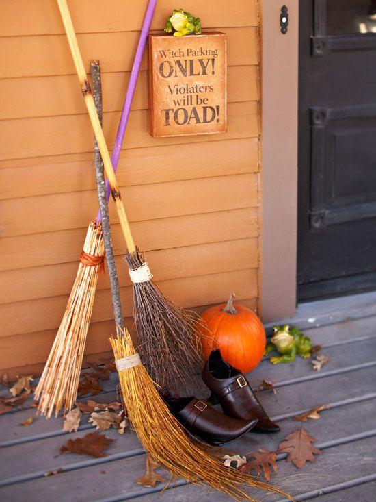 Balais sorcières décoration Halloween