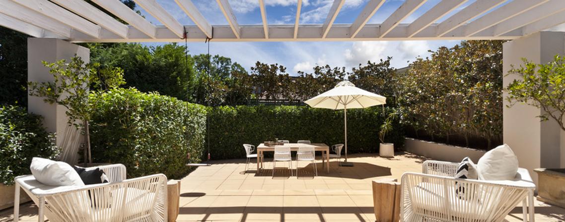 profitez de l ext rieur sous la neige ou au soleil blog ma maison mon jardin. Black Bedroom Furniture Sets. Home Design Ideas