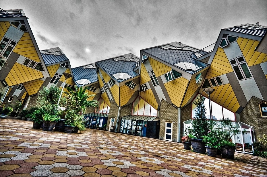 Maisons insolites en forme de cube aux Pays Bas