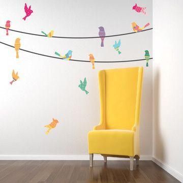 stickers multicolore mur blanc fauteuil jaune