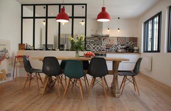 verrière cuisine vintage moderne contemporaine colorée