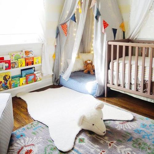 chambre bébé espace jeux nourrisson tapis ourson