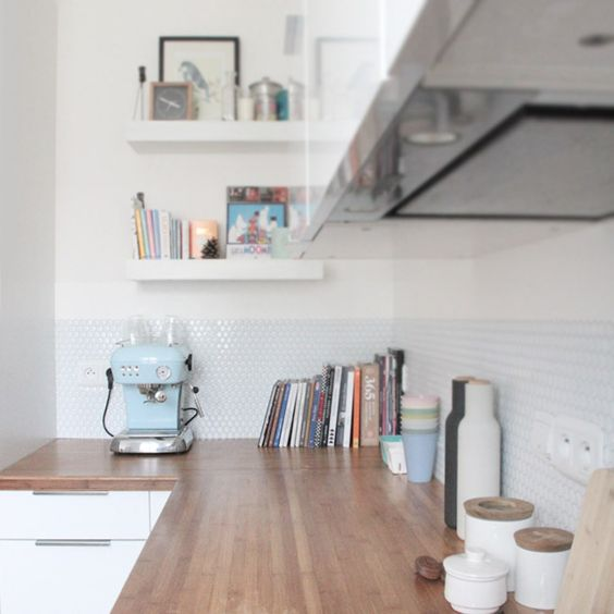 Dans la cuisine la cr dence fait la diff rence blog for Carrelage metro blanc castorama