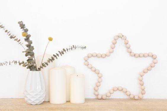 une décoration scandinave avec une étoile en perles