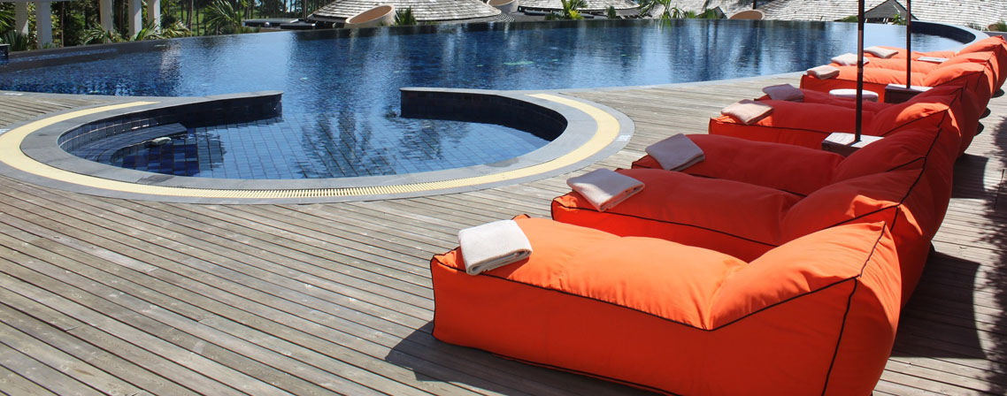 Nos 3 bains de soleil pour buller autour de sa piscine - Bain de soleil pour piscine ...