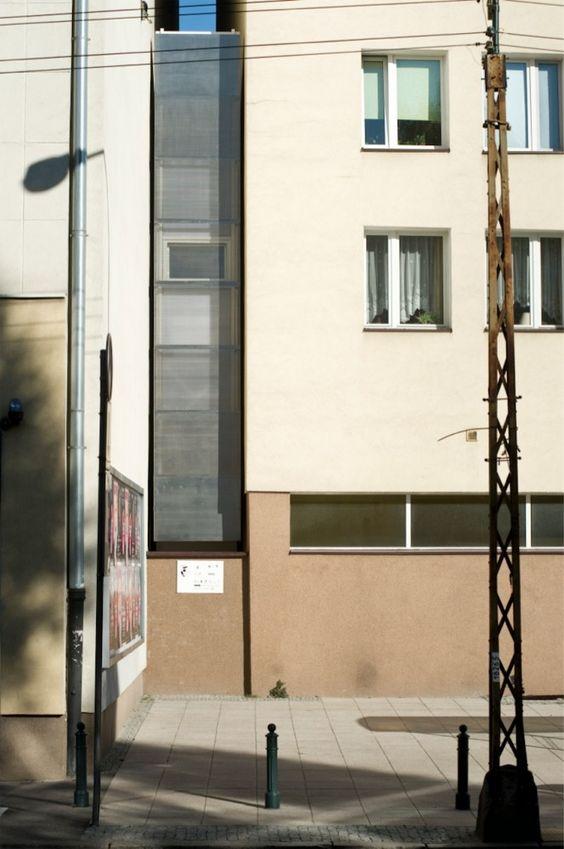 Le projet Keret House : un maison coincée entre deux immeubles, la plus étroite au monde !