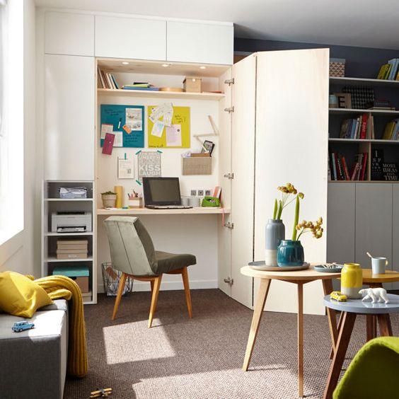 Un bureau dans un placard : aménager son bureau