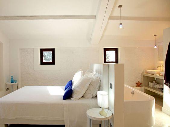 Faire une suite nuptiale avec baignoire dans la chambre Salle de bain ouverte sur la chambre