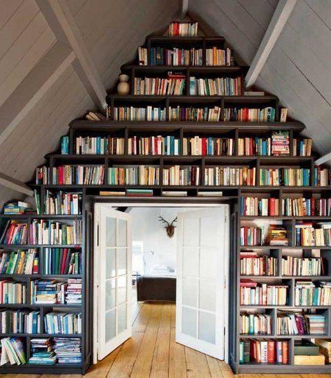 Une bibliothèque en forme d'habitation  pour ranger vos livres