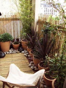 Un tapis en bambou pour habiller votre déco