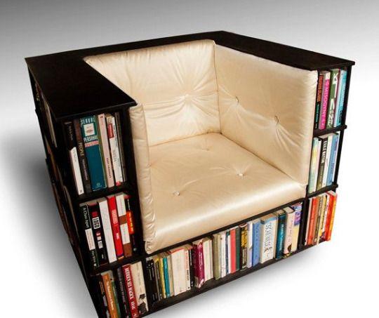 Un fauteuil bibliothèque pour stocker ses livres