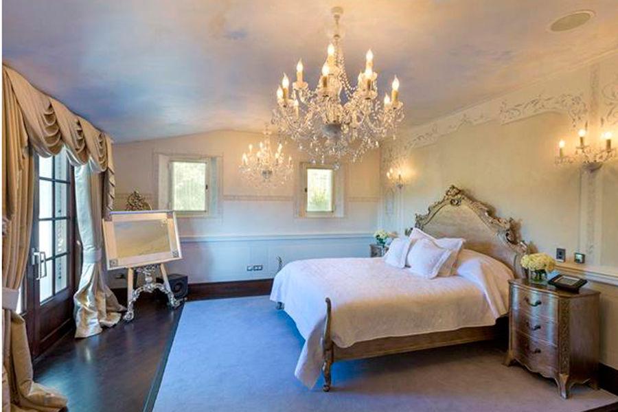 Chambre de la demeure Beckham à Bargemon
