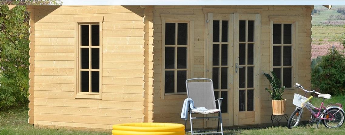 un abri de jardin trois mat riaux blog ma maison mon jardin. Black Bedroom Furniture Sets. Home Design Ideas