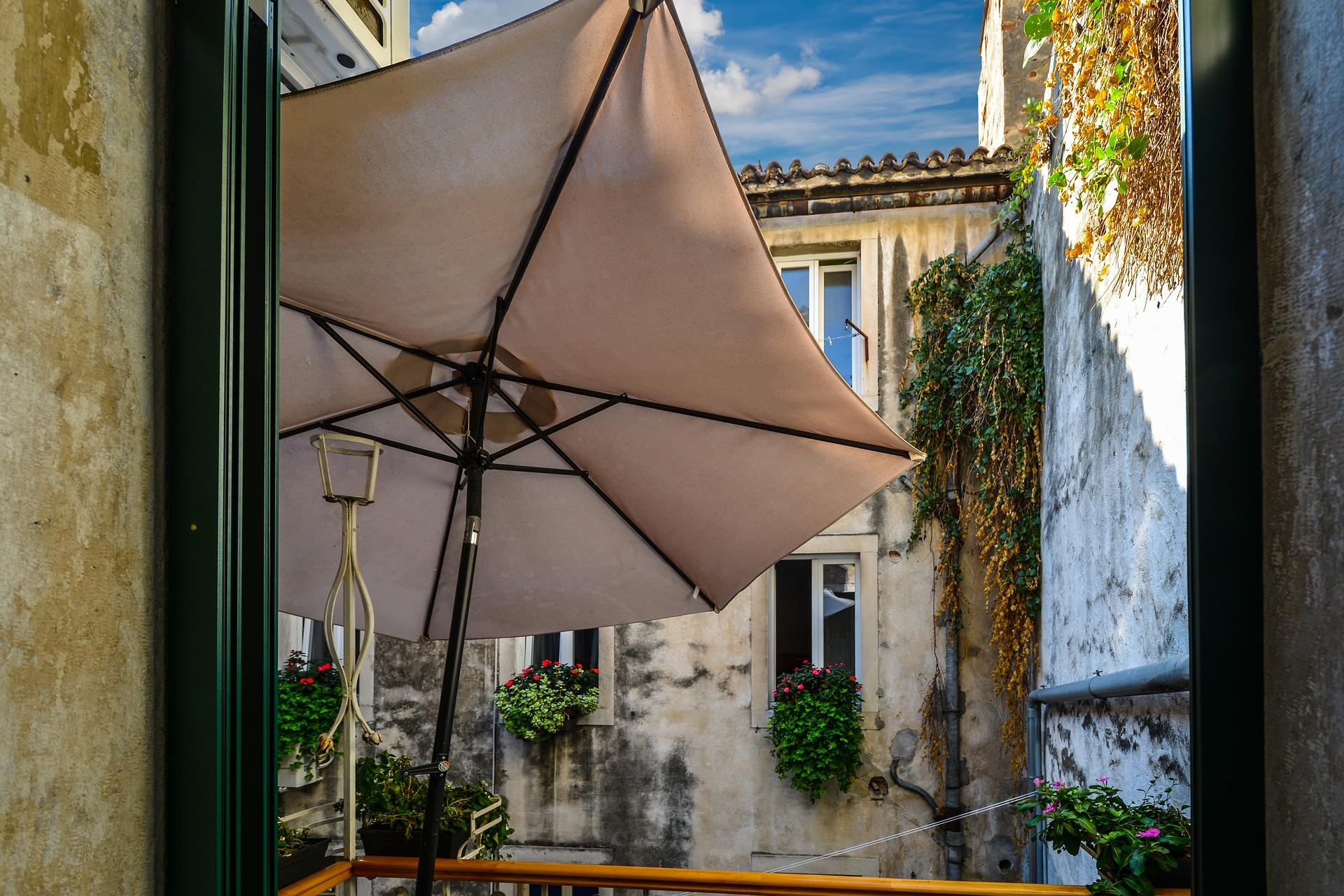"""quel revêtement choisir pour son balcon ? – blog """"ma maison mon jardin"""""""