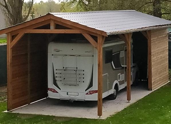 abri camping-car bois