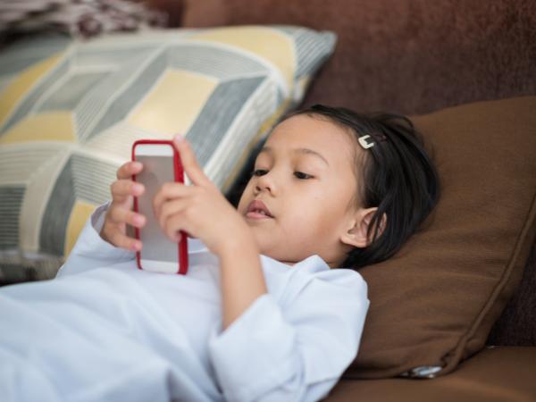 les enfants ne doivent pas passer trop de temps sur les écrans