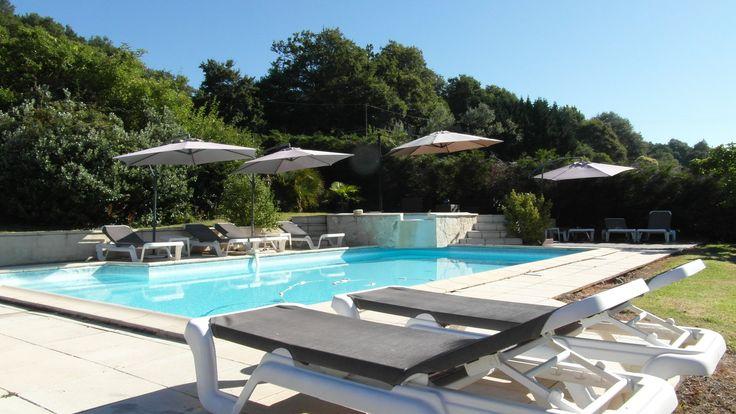 Salon et mobilier de jardin la solution pour vivre dehors - De la piscine au jardin ...