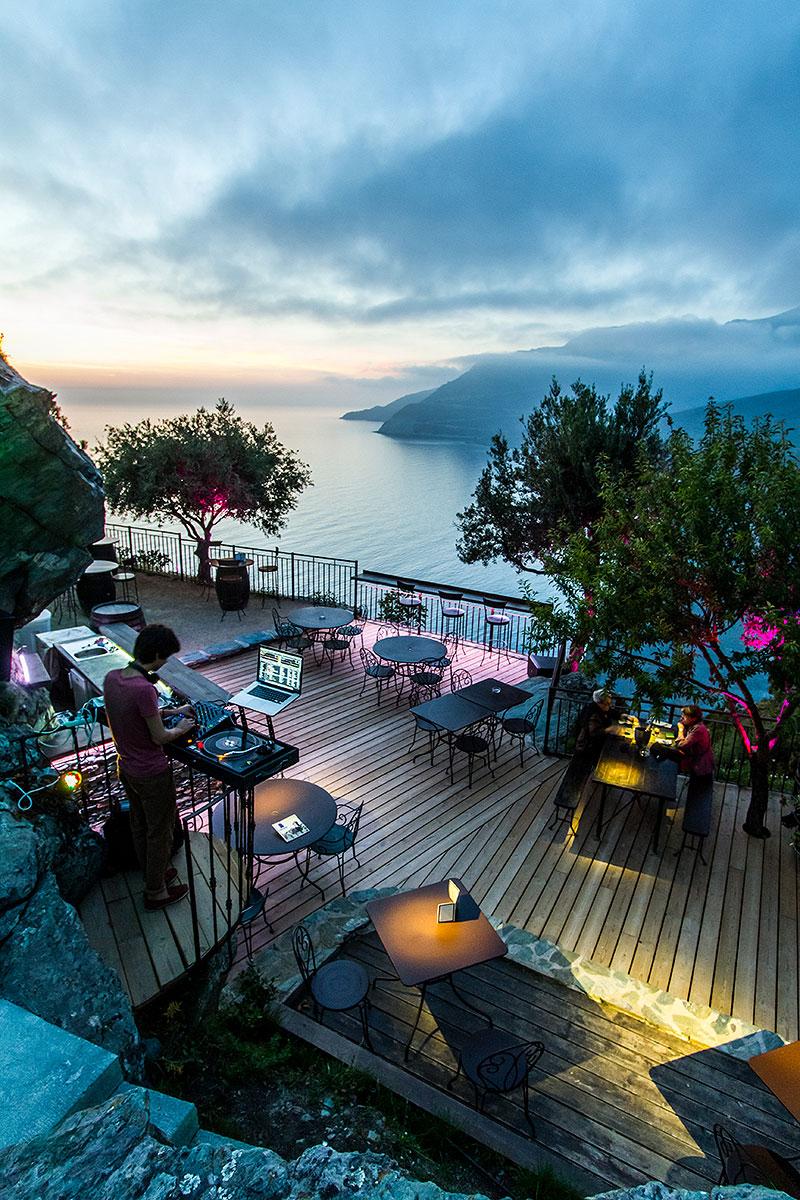 Nature et mer pour cet endroit merveilleux à Nonza