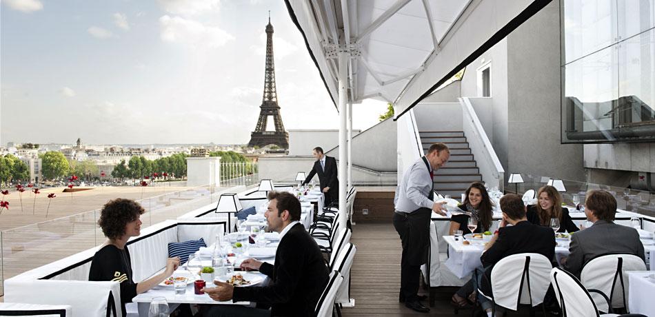 Terrasse du restaurant La Maison Blanche des Frères Pourcel