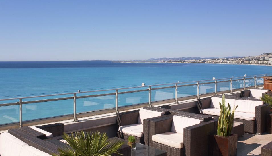 Terrasse de l'hôtel le Méridien à Nice