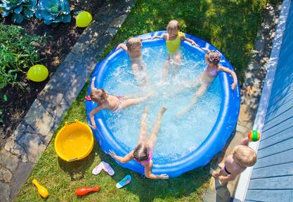 L installation d une piscine hors sol ou semi enterr e for Ou acheter une piscine gonflable