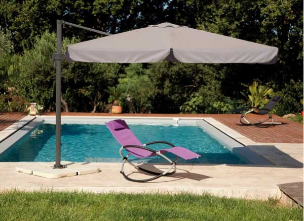 Mobilier et salon de jardin des mod les d clinables l infini et acheter - Meilleur parasol deporte ...
